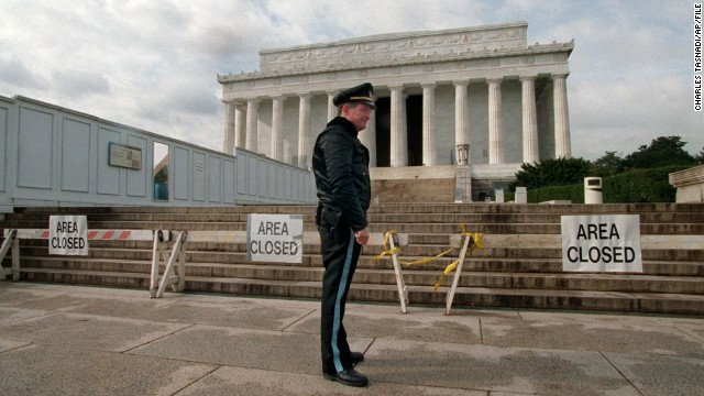 lincoln memorial shut down